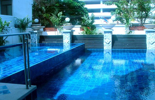baan-ananda-bangkok-condo-for-sale-swimming-pool-4