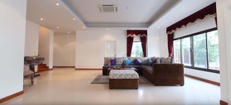 baan-ananda-bangkok-condo-3-bedroom-for-sale-photo-3